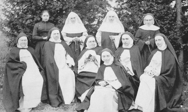 Hidden with Christ in God: The Dominican Sisters of the Perpetual Rosary